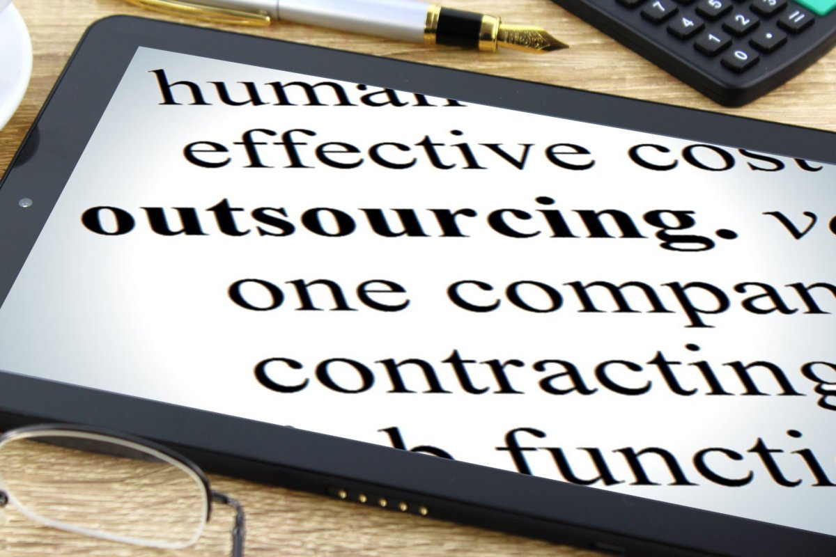 How to Outsource IT for Small Business Enterprises